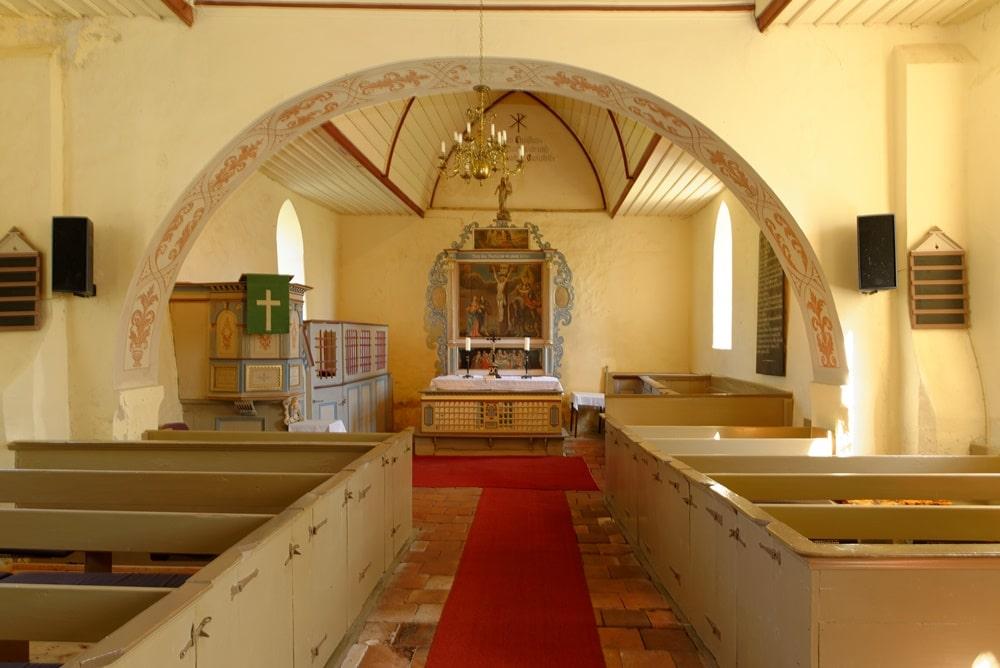 Kirchenschiff, Chor mit Kanzel, Pastoral- und Prediger Gestühl in Blesewitz