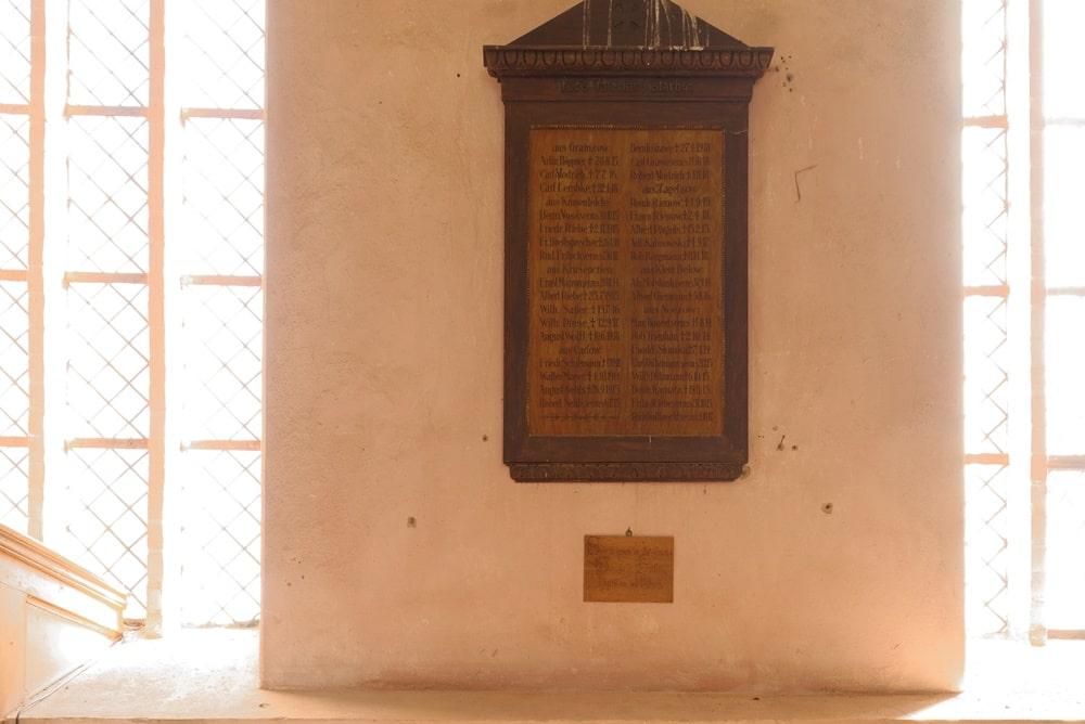 Gedenktafel in der evangelischen Kirche in Gramzow