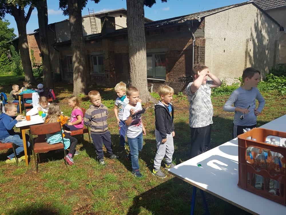 Mittagessen beim Kinder Kirchentag am 29.08.2020 in Krien