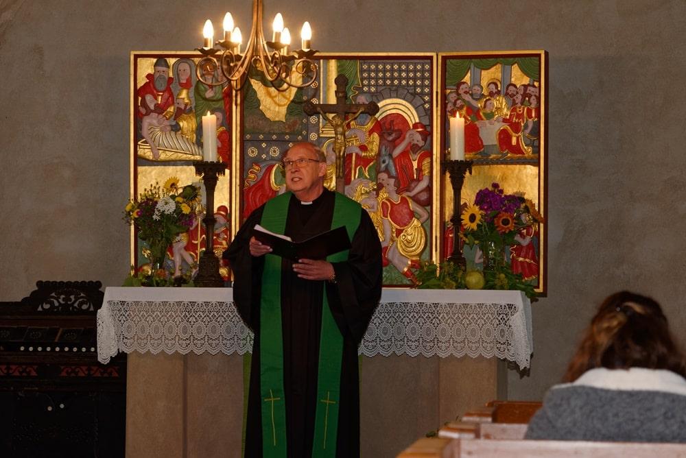 Prädikant Burkhard Fröhlich leitete die Gottesdienste