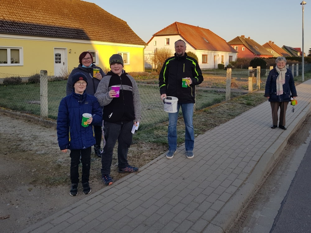 Um 6:30 Uhr in Krusenfelde mit: Anton, Emil, Diane und Jörg